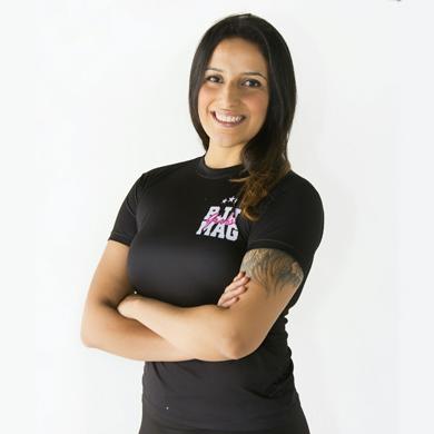 camiseta frente site preta